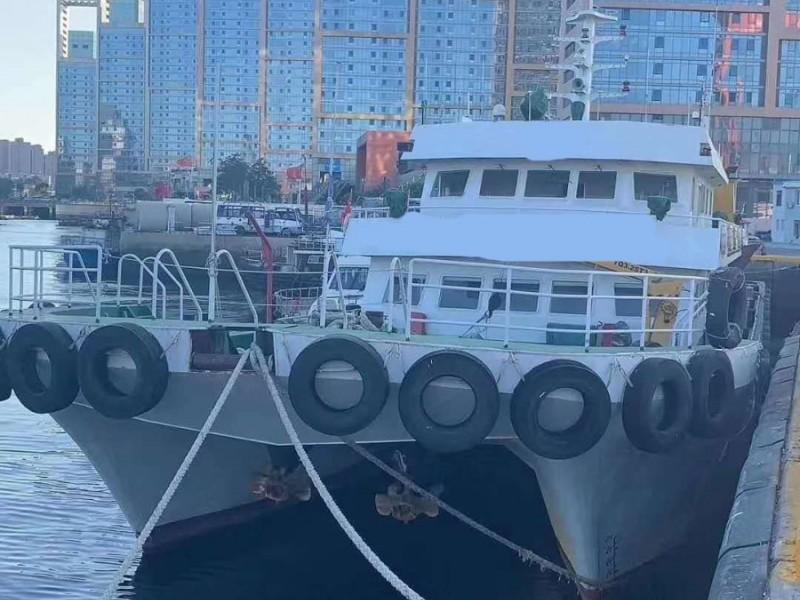出售2017年造43米10人近海双体交通船