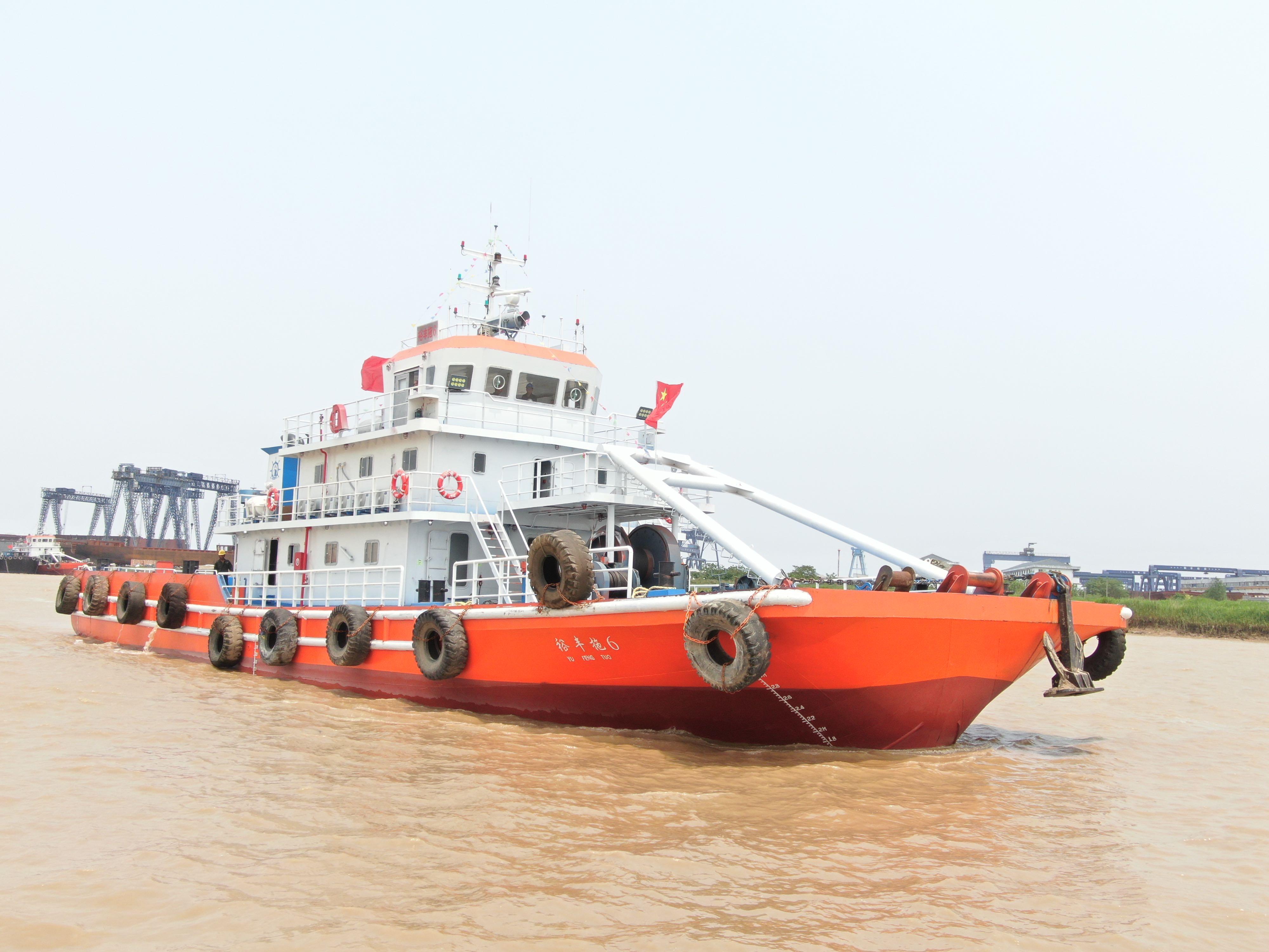 接受订造拖轮锚艇4个月完工