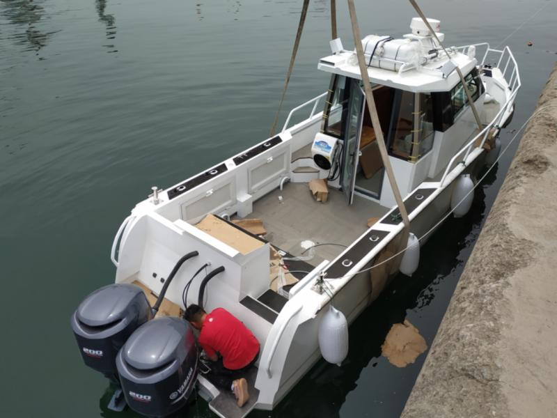 10米铝合金钓鱼艇海钓船小型钓鱼船铝合金快艇豪华私人游艇