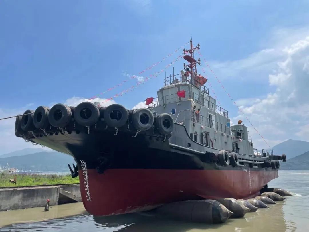 船东委托出售2021年3200马力全回转拖轮