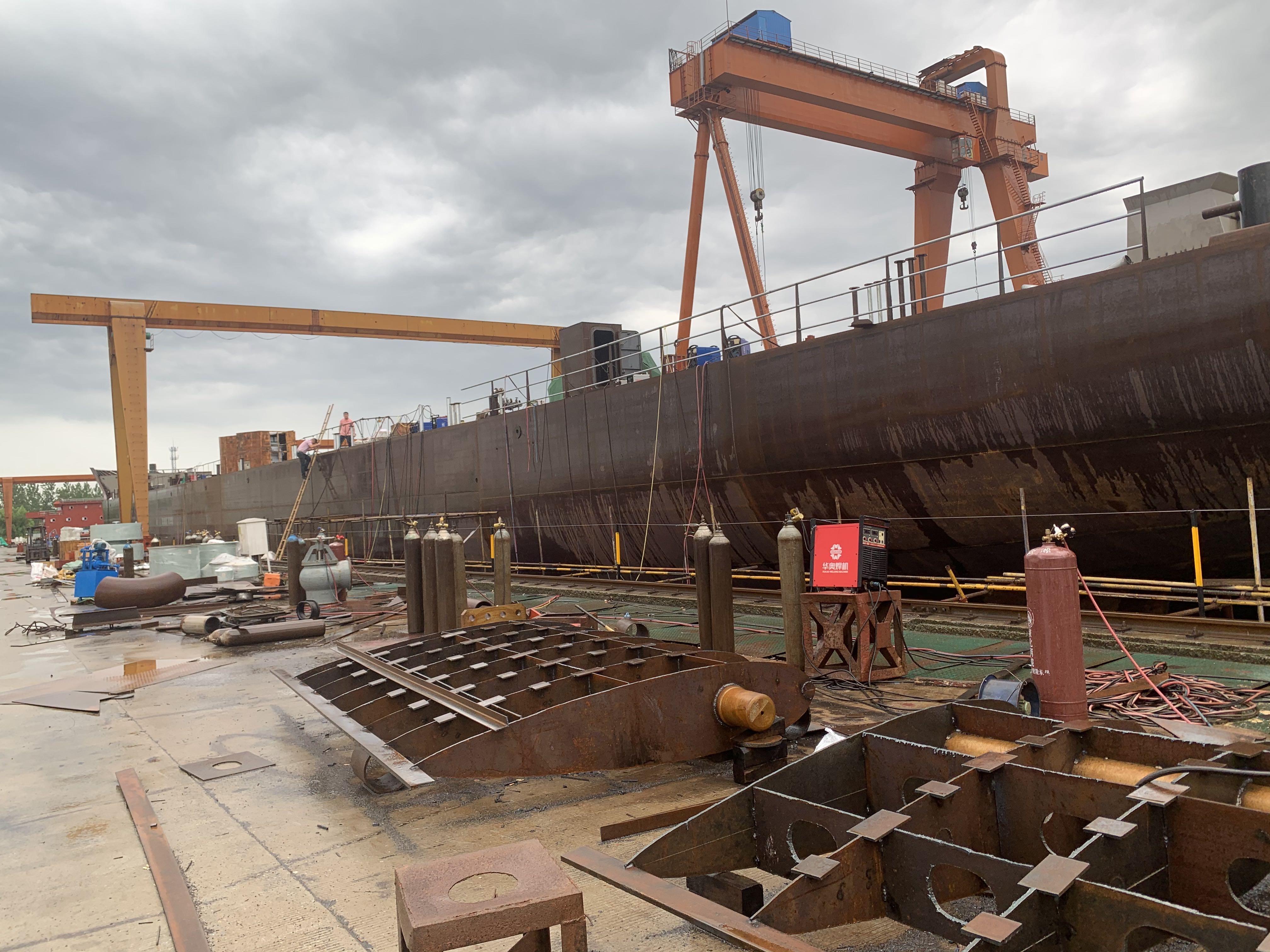 出售/出租15000吨新造前驾甲板和