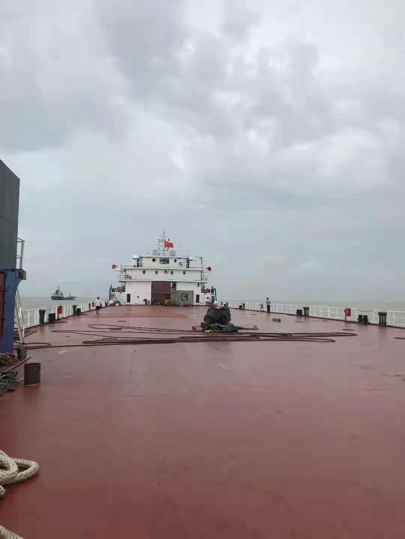 出租12500新造前驾甲板船