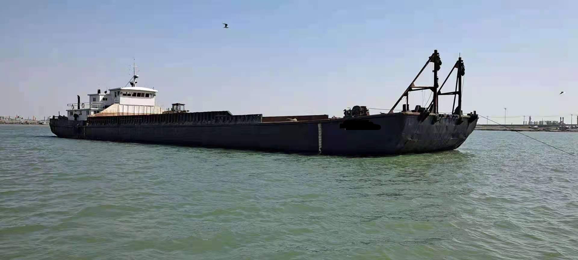 出售1300吨甲板驳