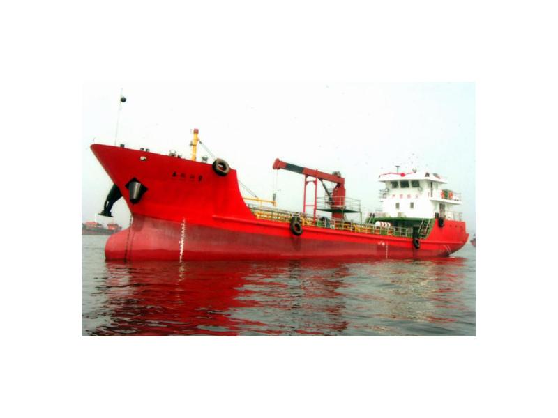 大连盛洋溢油应急污油水回收船接收船泰航油9
