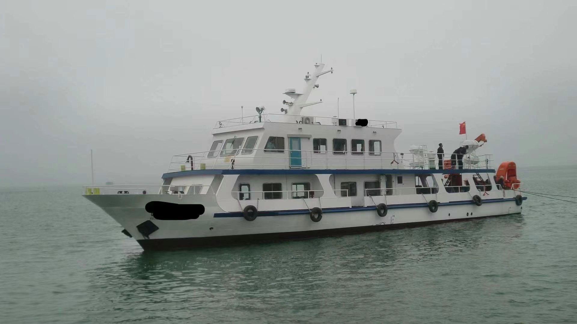 出售99客位客船