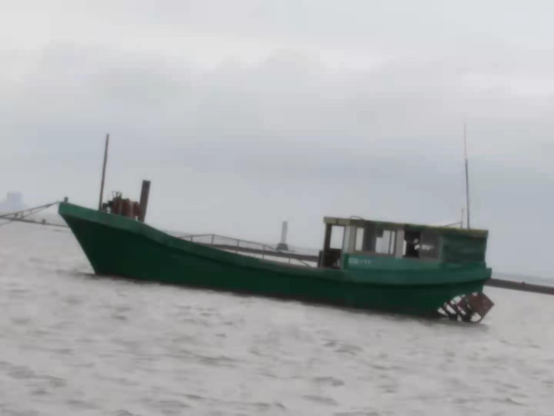 高级压缩橡胶渔船
