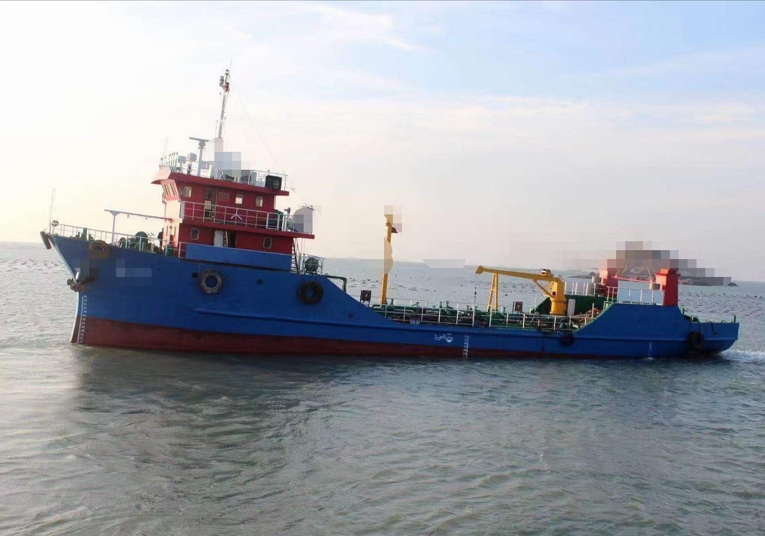 出售500吨溢油船