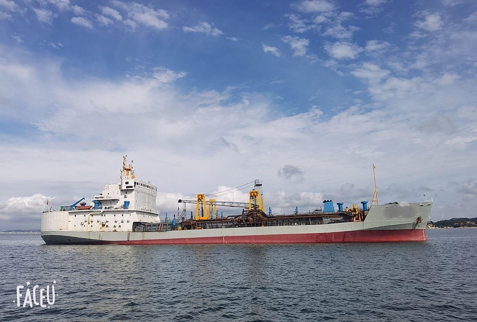 6000方耙吸式挖泥船出售