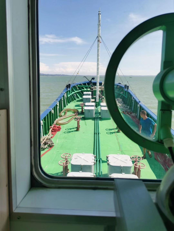 出售200吨供水船