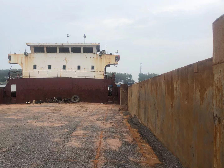 出售:2013年造后驾甲板船