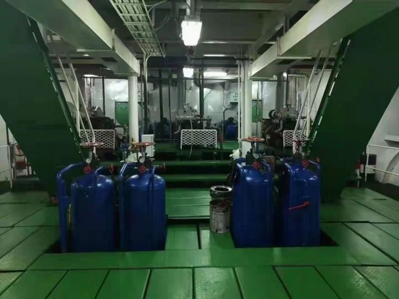 出售.816箱 集装箱船 10200吨