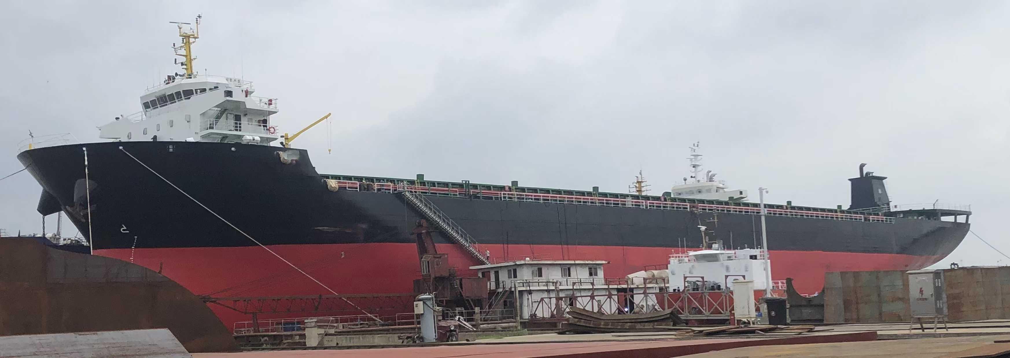 出售: 2021年造28000吨敞口集装箱船